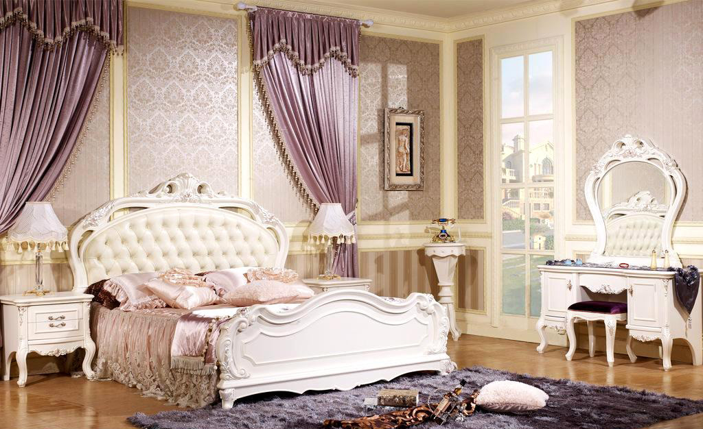 法式家具的特点,在于色彩明媚