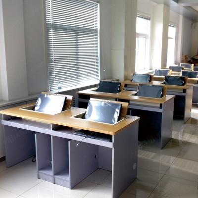 多媒体翻转桌 翻板式学生桌04