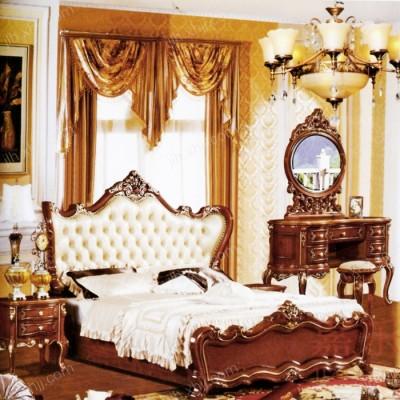 北京酒店欧式套房 实木软包大床01