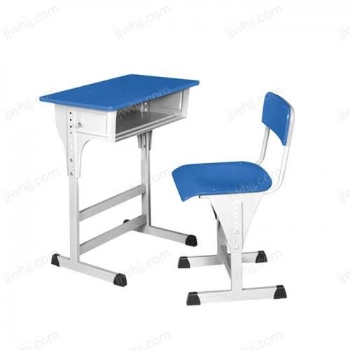 课桌椅10