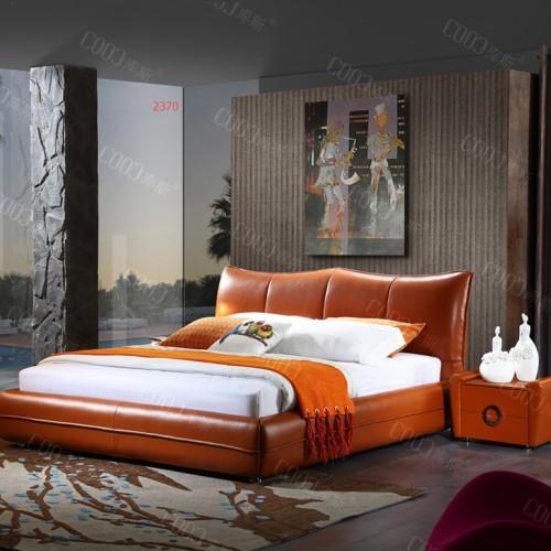 时尚卧室软皮双人床  主卧明亮橙色软皮双人床五斗柜_2370