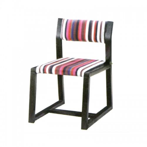 北欧实木餐椅i-1