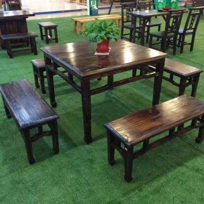 炭烧木桌椅方桌松木长条凳餐厅咖啡桌椅休闲放在阳台户外室外