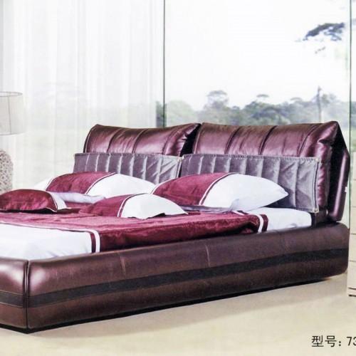 现代轻奢时尚真皮双人床舒适软体床  736
