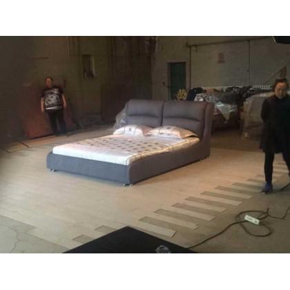 灰色布艺舒适软床