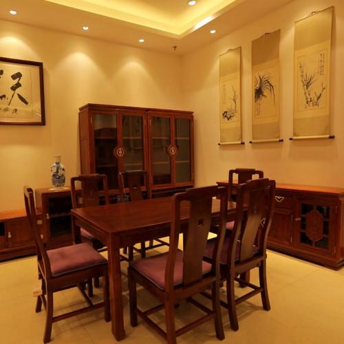 红木餐桌长方形一桌六