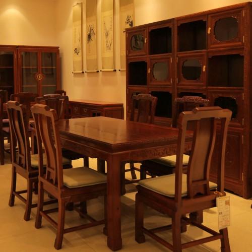 红木中式长方形餐桌椅