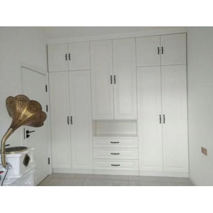 牙克石市东方新城小区A7栋德洛尼橱柜、衣柜:门厅柜