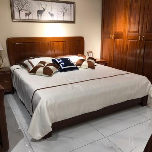 凯诺名典全实木卧室双人床套房05