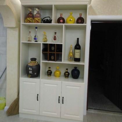 牙克石市东方新城A1小区德洛尼橱柜、衣柜、酒柜、门厅柜