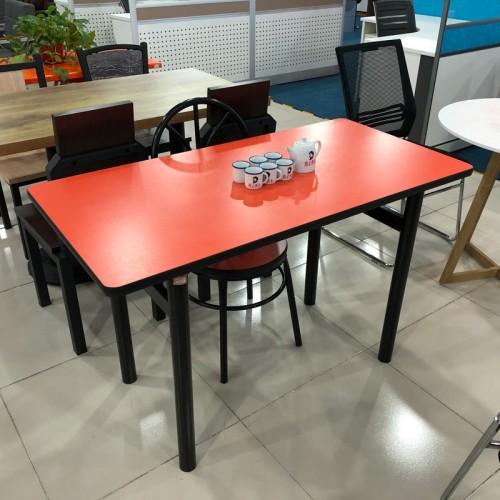 小吃店早餐店桌椅组合01