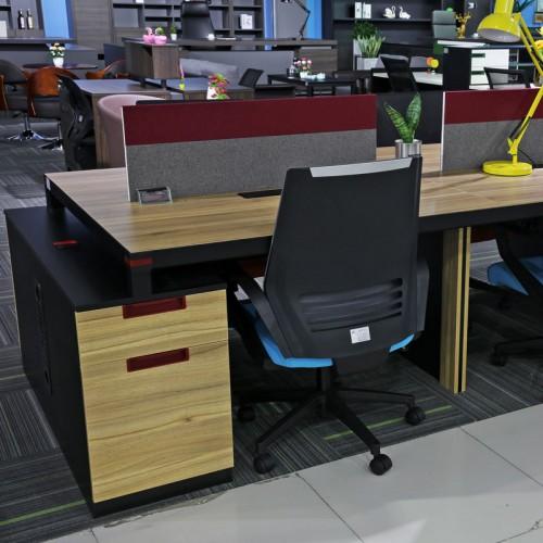 职员屏风隔断办公桌01