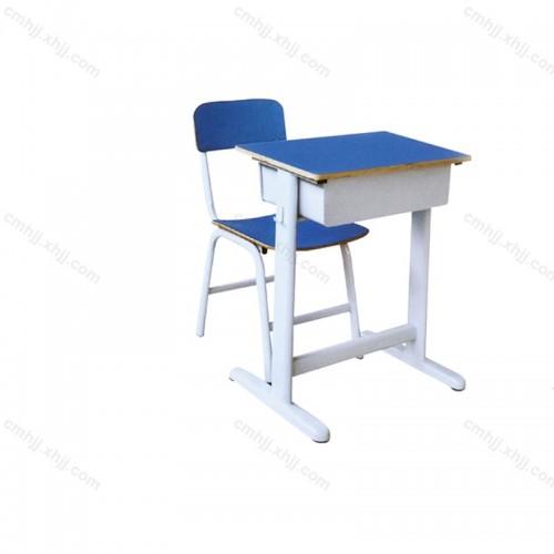 中小学生培训课桌椅01