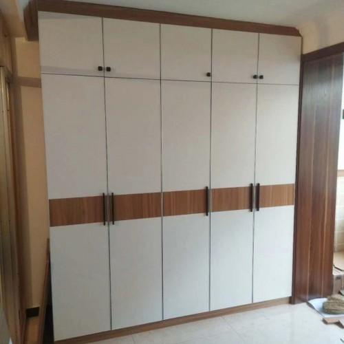 卧室现代五门衣柜143