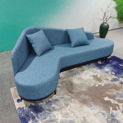 L蓝色沙发