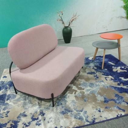 北欧休闲粉色沙发