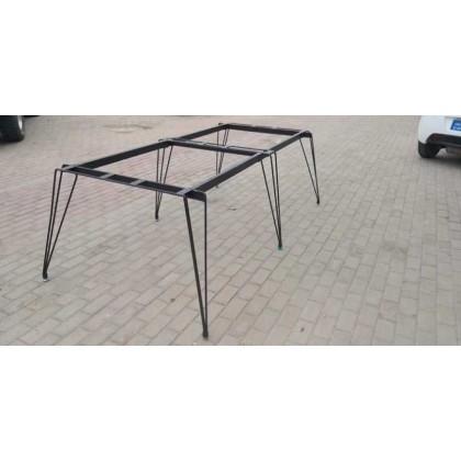 钢筋腿会议桌
