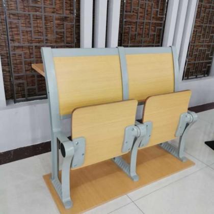 阶梯椅010