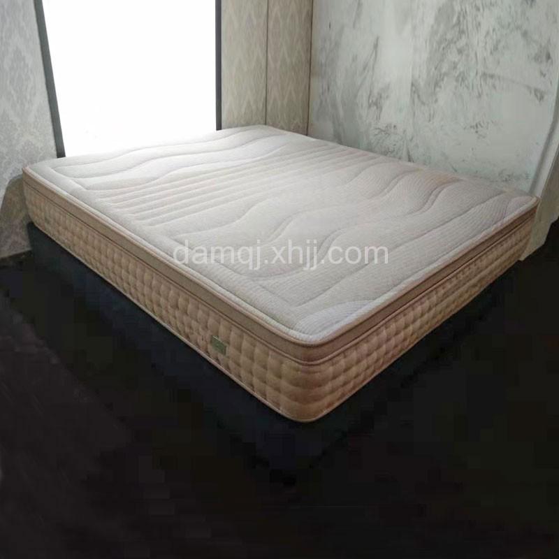 双人床垫加厚1.8米弹簧床垫 09