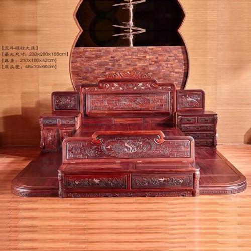 高端红木家具古典雕刻双人床批发价格08