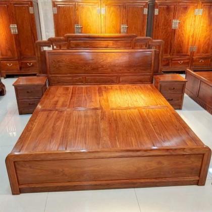 国色天香大床尺寸:1.8
