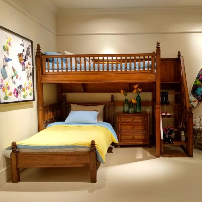 七彩人生实木儿童上下床床头柜衣柜学习桌书桌-小鬼当家