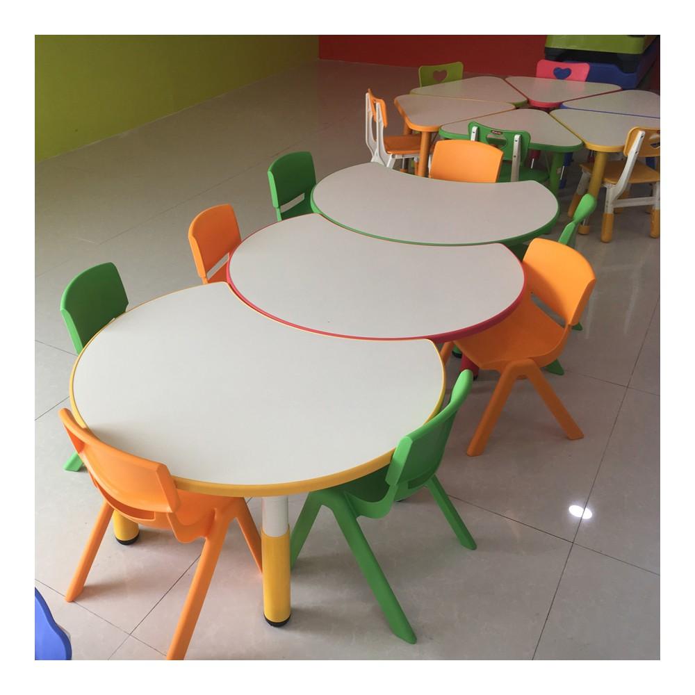 创意幼儿园课桌 18