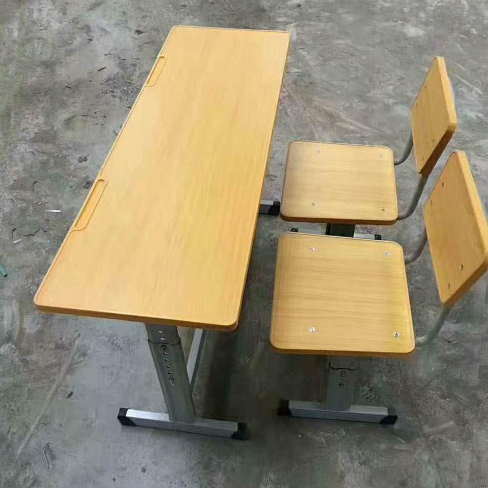 厂家直销学生课桌椅23