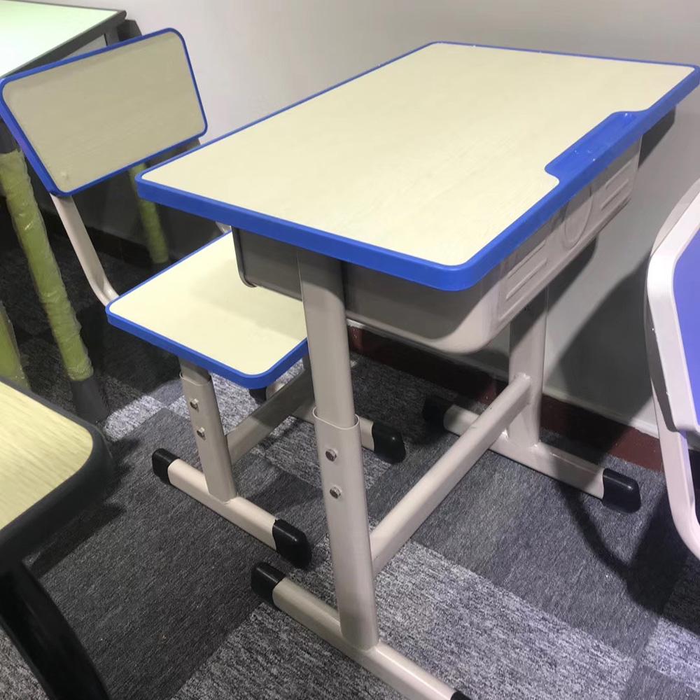 家用桌椅学生课桌椅31