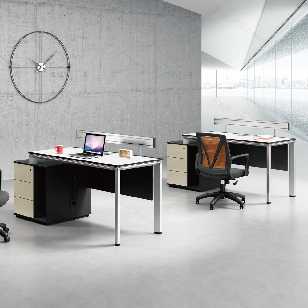 18 屏风工位办公桌促销厂家