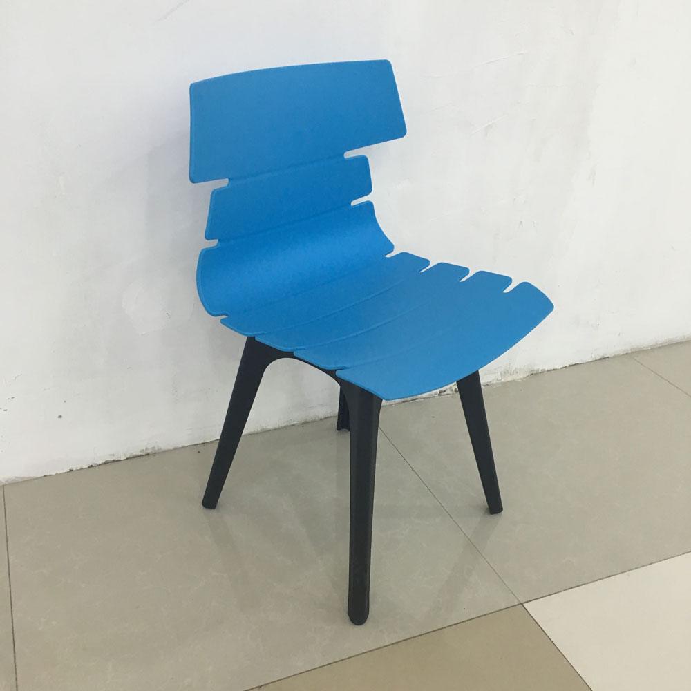 PP-802 现代塑料椅现代彩色椅