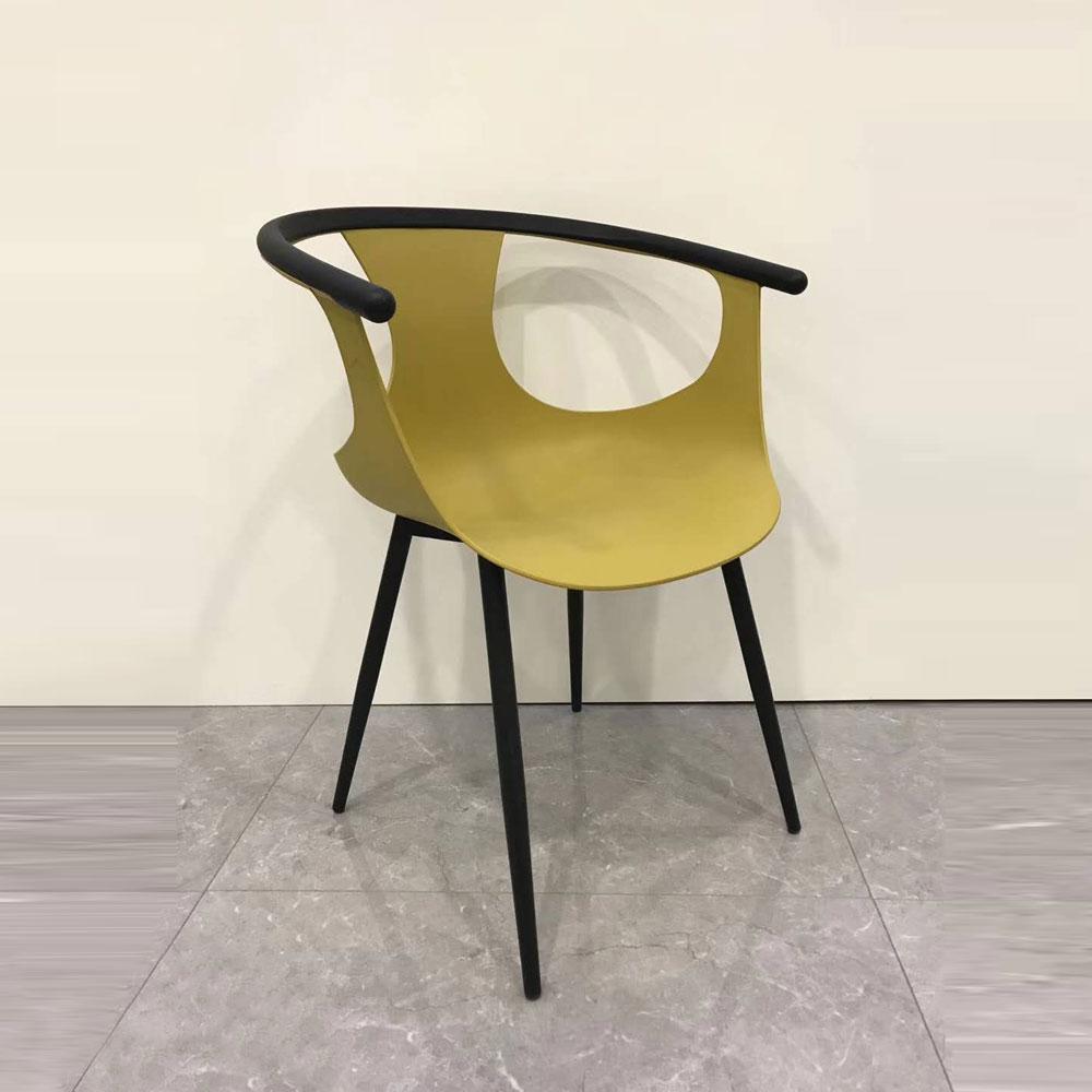 PP-804 北欧塑料椅子四脚椅