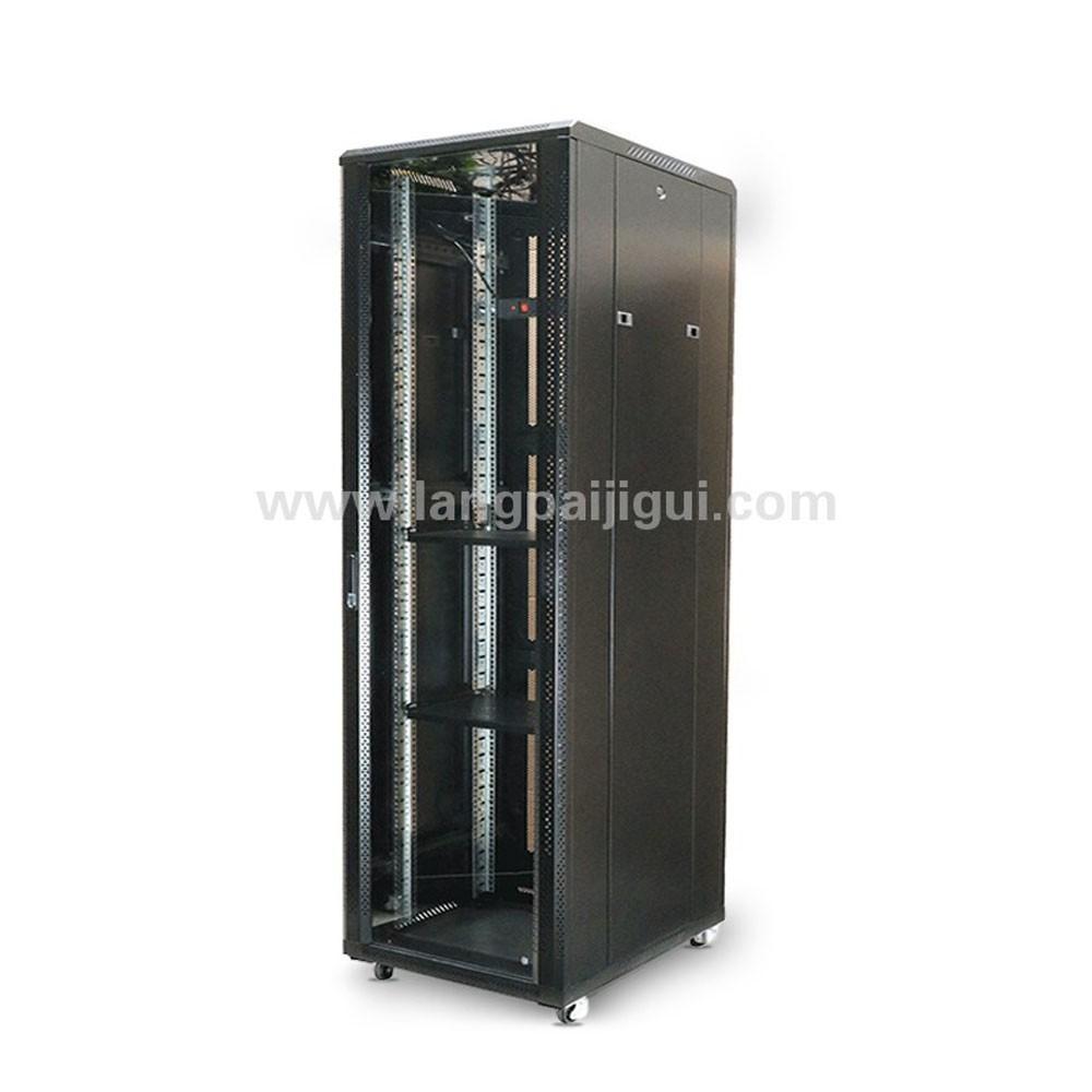 H6837 豪华H型服务器机柜37U